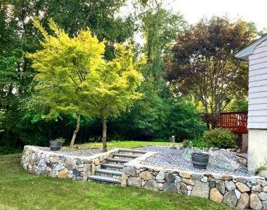 retaining-wall-back-yard-porch